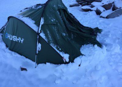 5280 méteres táborban