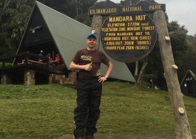az első tábor 2720 méteren